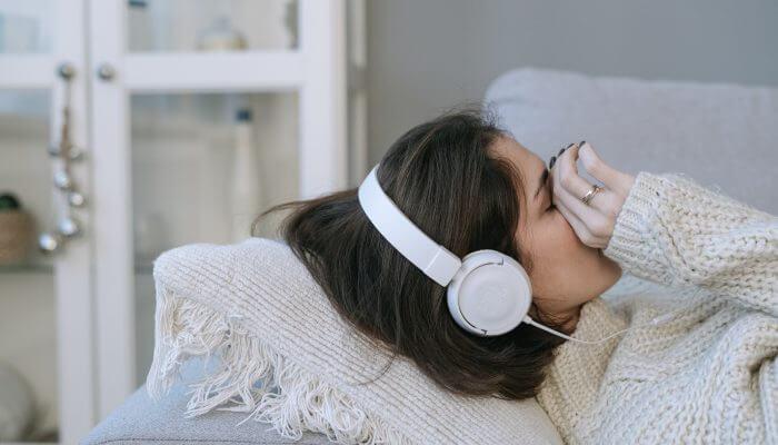 Тинитус или шум в ушите