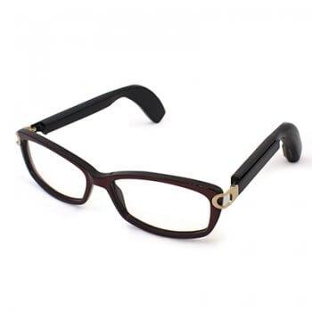 Слухов апарат очила